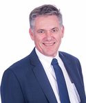 Peter Howarth from John Henderson Real Estate - Professionals Mermaid Beach